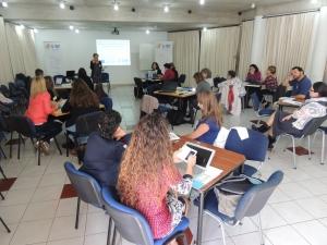 Sesión sobre procesos de integración y género y presentación de los materiales.